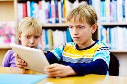 Barn som ser på nettporno